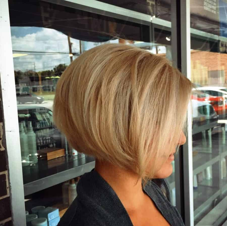 Frisuren Bob Kurz Blond Undercut für Blonde Bob
