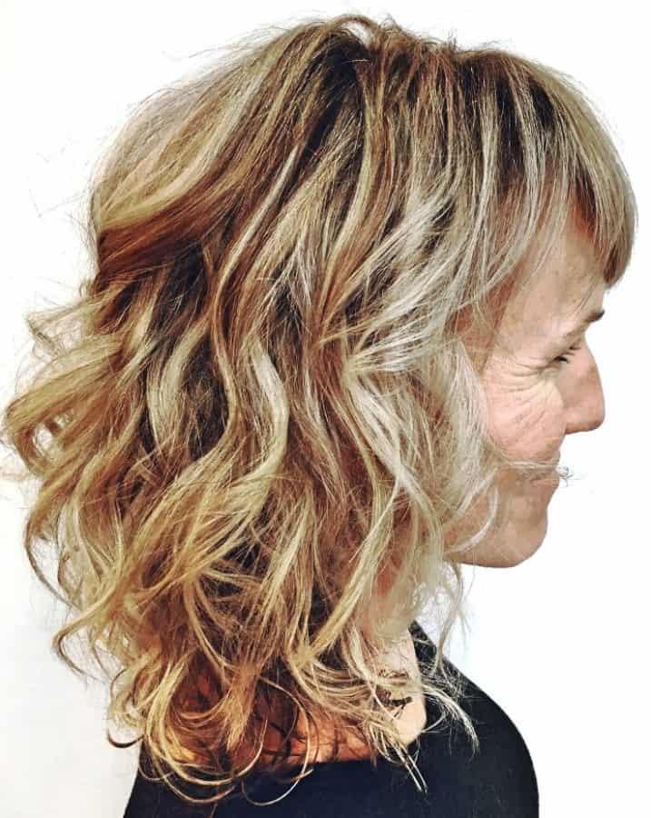 Frisuren schulterlang ab 50