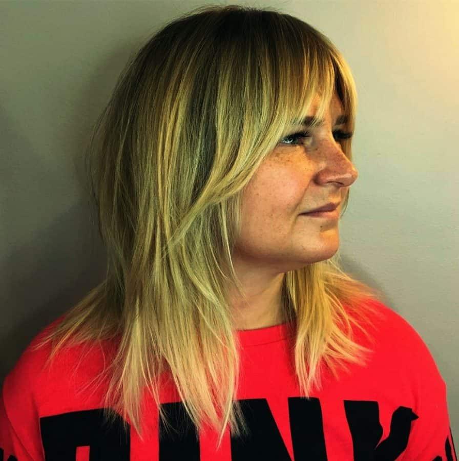 Inspirationen Bob Frisuren Dünnes Haar Rundes Gesicht Ideen Wispy Layered Cut für feines glattes Haar
