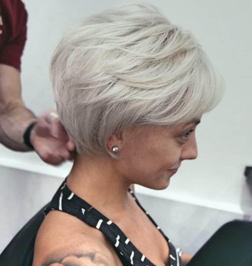 Damen frisuren halblang feines haar