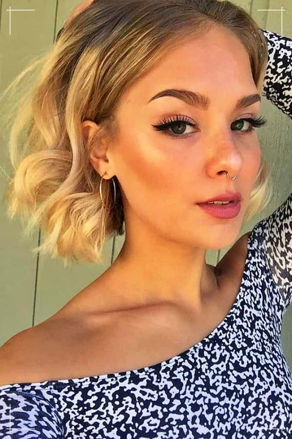 Zottelige Kurzhaarfrisuren für feines Haar